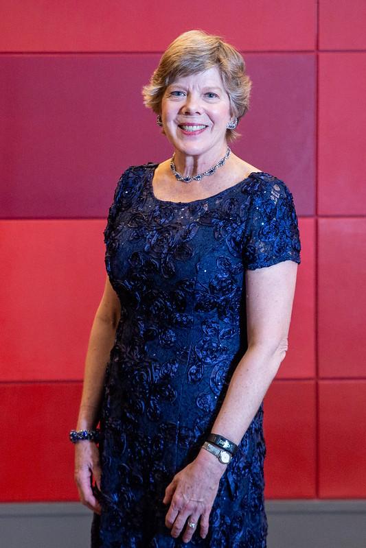 Dr. Cathy Carlson