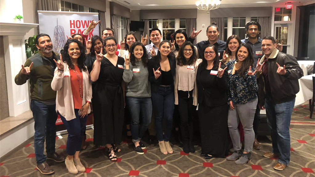 NCState Latinx Alumni Network poses for a photo.